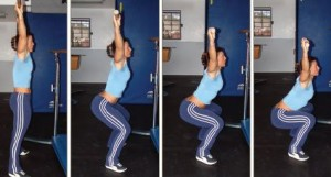 Esecuzione con bastone  dell'overhead squat